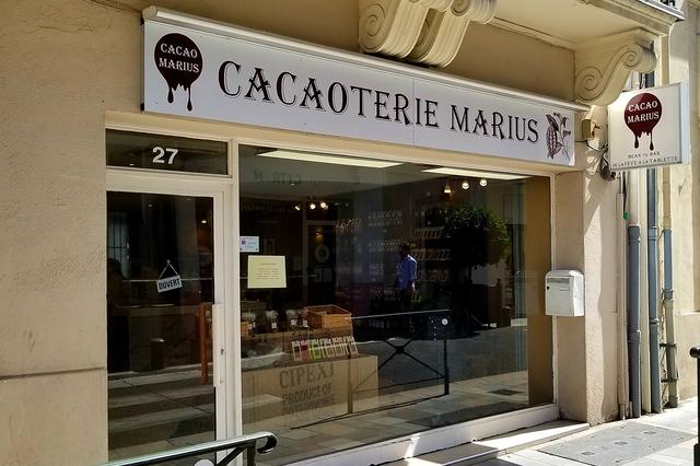 Cacaoterie Marius Nîmes vend des chocolats fabriqués en Lozère selon des techniques artisanales spécifiques.(® SAAM D Gontier)