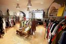 Boutique Cannelle Nîmes dédiée à la Mode Femme en centre-ville avec vêtements et accessoires (® SAAM-fabrice Chort)