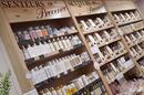 Les Secrets de Louise Nîmes vend des parfums Senteurs de Provence en centre-ville (® SAAM-D.Gontier)