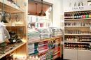 Les Secrets de Louise Nîmes vend des savons, des soins, des idées-cadeaux sur le thème de la Provence (® SAAM-F.Chort)