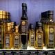 Signorini Tartufi à Nîmes vend de l'huile d'olive à paillettes de truffe dans sa boutique du centre-ville.(® signorini tartufi)