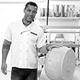 Aux Pâtes Fraîches Nîmes Epicerie italienne en centre-ville qui fabrique aussi des pâtes fraîches maison est présentée par son gérant Stéphane Trenel.(® SAAM-Fabrice Chort)